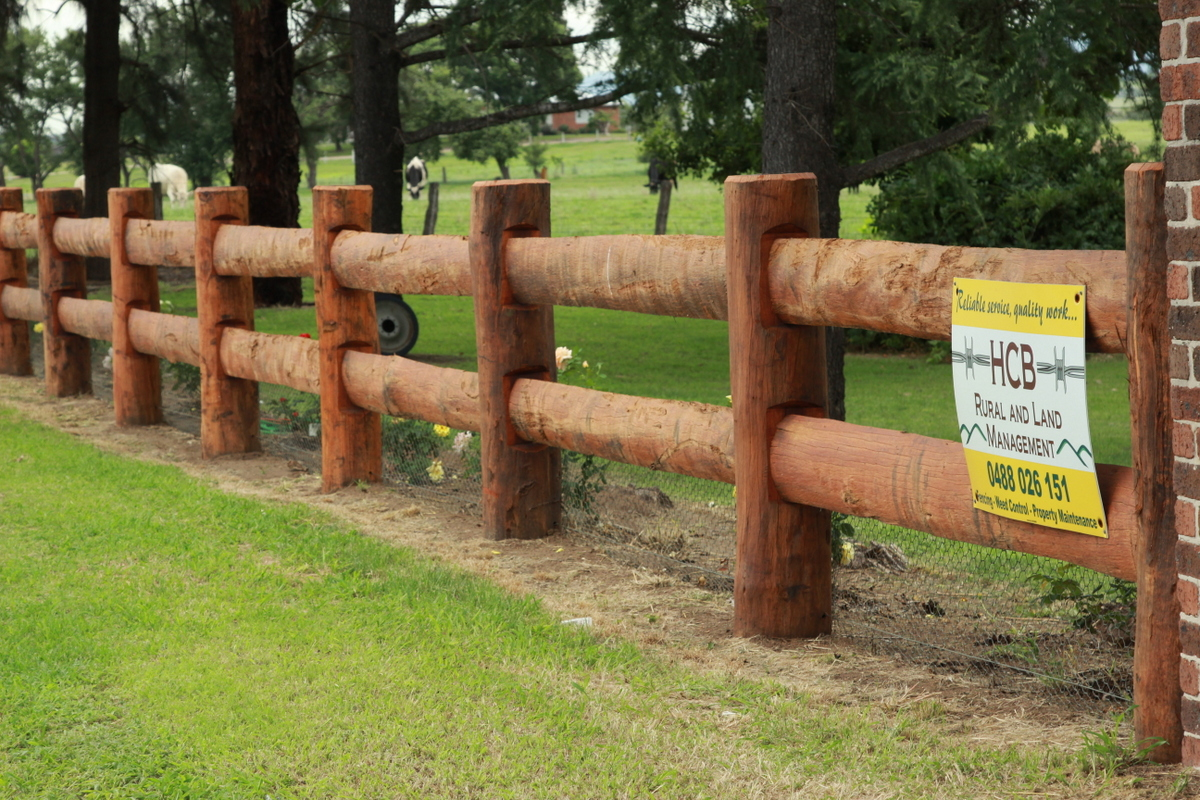 Feature Split Rail Fence – Singleton