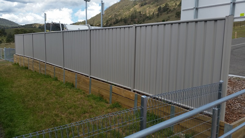 Quality Fencing – Weldmesh, Colourbond, Cable and Bollard…
